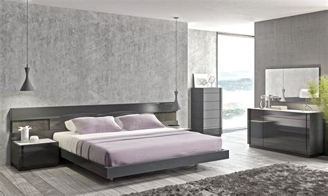 high bed set high class wood high end bedroom furniture with