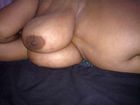 Busty Indian Aunty Ass