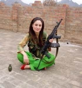 Attractive Pathan Girl With Gun | Countries: Pakistan ...