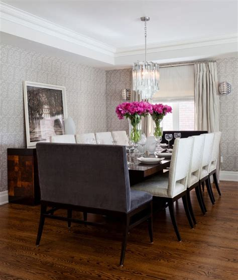 Sitzgruppe Esszimmer by Transitional Dining Room With A Low Wooden Dining Table
