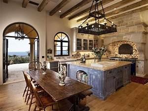 Mediterranean Kitchen with High ceiling & Simple granite
