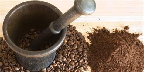 However these manual methods will allow you to effectively control. 5 Simple Ways to Grind Coffee Without a Coffee Grinder - HOMEGROUNDS
