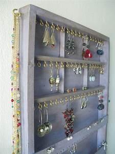 Organisateur De Bijoux : 1000 ideas about bracelet holders on pinterest earring holders jewellery display and jewelry ~ Teatrodelosmanantiales.com Idées de Décoration