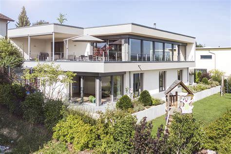 Modernes Haus Länglich by Modernes Haus Im Oberaargau Idealbau Ag Die Architekten