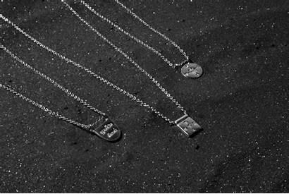 Brave Necklace Chain Square