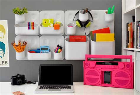 ways to decorate cubicle make work slightly more bearable with these cubicle