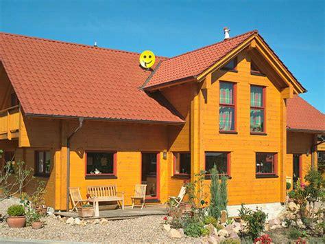 Familienglueck Ein Haus Aus Norwegen by Holzhaus Familiengl 252 Ck Fullwood Wohnblockhaus