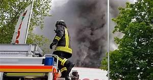 Baumarkt In Düsseldorf : brand in d sseldorf unterrrath feuer in baumarkt ~ Watch28wear.com Haus und Dekorationen