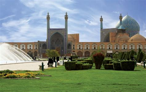 Esfahan | History, Art, Population, & Map | Britannica