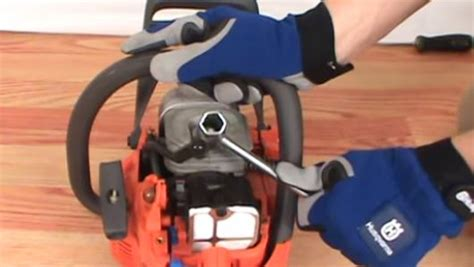 changing  spark plug   husqvarna chainsaw