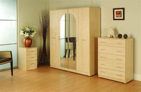 simple wardrobe designs for small bedroom simple wardrobe designs for small bedroom indelink com
