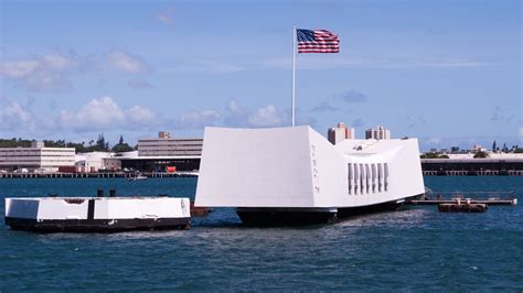 uss arizona memorial oahu book  tours
