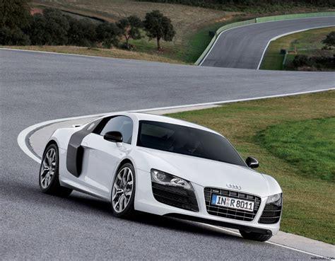 Audi R8 V10 Review