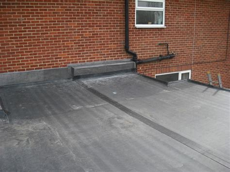 Flat roof and Rubberbond roofing in Surrey & Hampshire