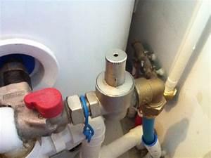 Pression De L Eau : reducteur de pression reglable ~ Dailycaller-alerts.com Idées de Décoration