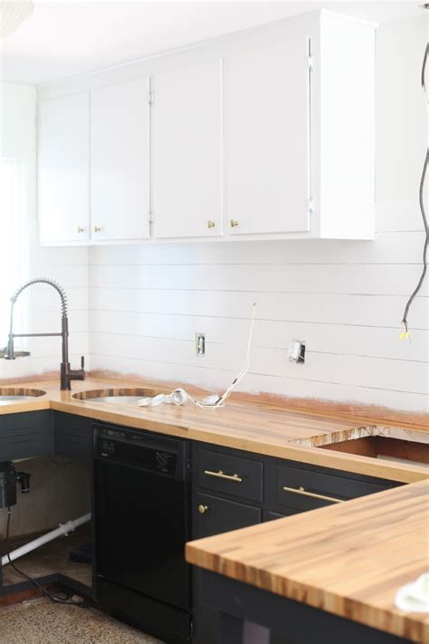 How Much Does It Cost To Sand And Restain Kitchen Cabinets