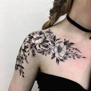 Tattoos Schulter Oberarm Frau : die besten 25 tattoo schulter frau ideen auf pinterest tattoo fu frau stammesfu tattoos und ~ Frokenaadalensverden.com Haus und Dekorationen
