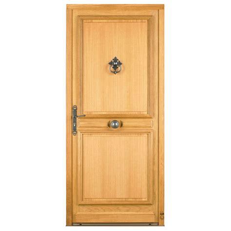 porte d entr 233 e en bois massif avec moulure et panneau isolant
