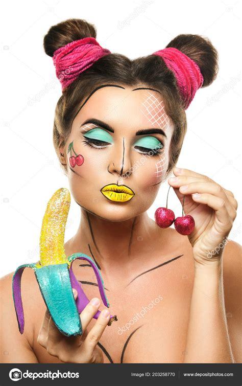 15 вариантов макияжа в стиле попарт на Хэллоуин 2018
