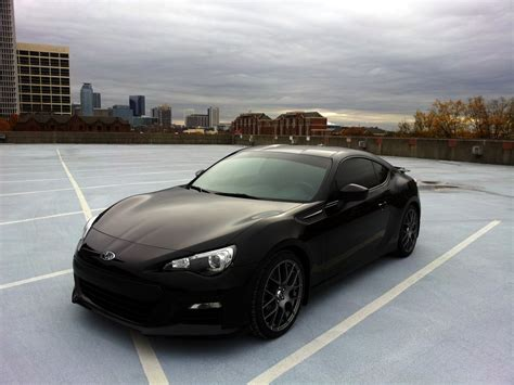 black subaru brz subaru brz blacked out wallpaper 1024x768 23655