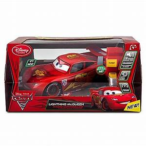 CARS 2 – REMOTE CONTROLLED LIGHTNING MCQUEEN w/ LIGHTS ...