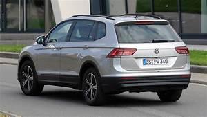 Volkswagen Tiguan 7 Places : spyshots tiguan xl 2017 le tiguan 7 places d couvert l 39 argus ~ Medecine-chirurgie-esthetiques.com Avis de Voitures