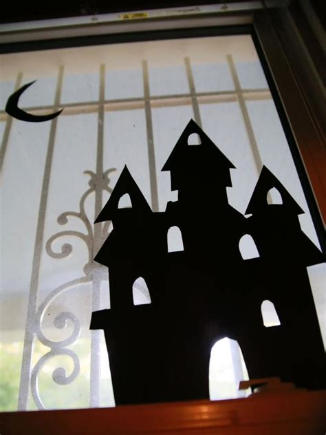 halloween window silhouettes  tos diy