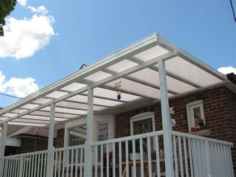 polycarbonate patio roof panels 25 best ideas about clear roof panels on roof