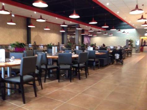 restaurant le bureau le mans grand buffet et salle énorme dans ce nouveau restaurant