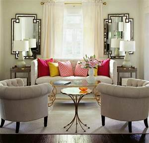 10 Gorgeous Living Room Mirrors