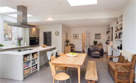 cuisine sol gris clair carrelage gris clair pour valoriser l 39 intérieur contemporain