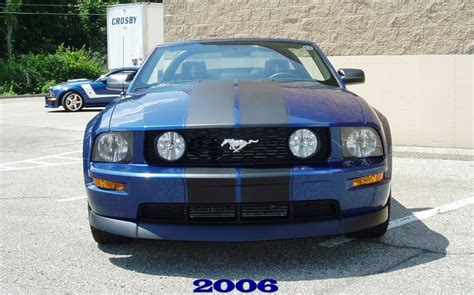 pictures  vista blue  racing stripes  ford