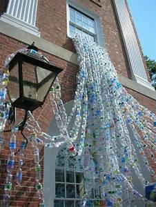 Deco De Noel Avec Bouteille En Plastique : diy bricolage avec bouteille plastique installation faite avec des bouteilles plastiques ~ Dallasstarsshop.com Idées de Décoration