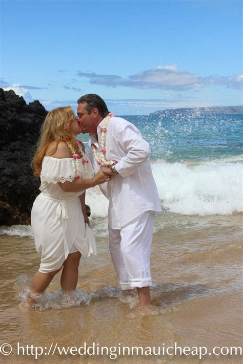 cheap maui wedding packages affordable barefoot maui wedding
