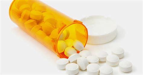 drug overdose deaths  rise experts push