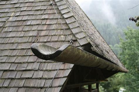 holz geneigtes dach dachdeckungen baunetzwissen