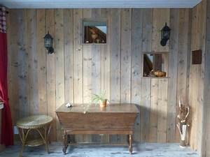 Mur En Bois Intérieur Decoratif : id esbois le bois bross l 39 aspect d 39 un bois vieilli ~ Teatrodelosmanantiales.com Idées de Décoration