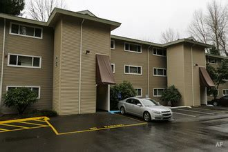 hillcrest apartments tukwila wa apartment finder