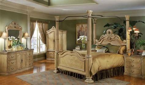 Queen Canopy Bedroom Sets Image