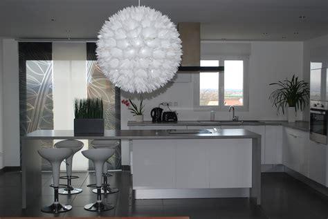 d馗o cuisine blanche decoration cuisine noir et gris