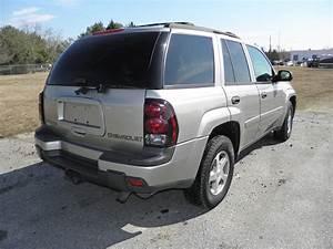 2003 Chevrolet Trailblazer Ext - Pictures
