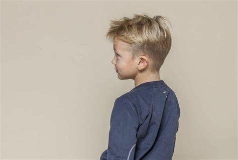 jungen haarschnitt undercut die 25 besten lange haare jungs ideen auf