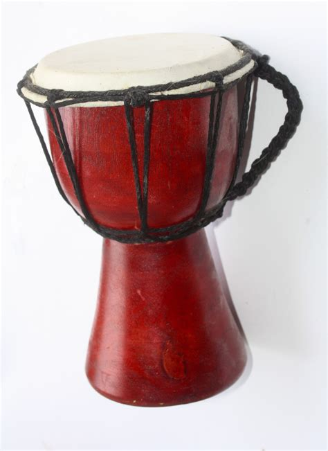 Hal yang utama yang kita lakukan saat. Images Gratuites : la musique, isolé, rouge, instrument de musique, tambours, africain, Bongo ...