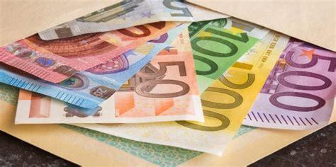 Geld Vom Staat Unterstuetzung Fuer Familien by Finanzielle Hilfe F 252 R Familien Infos Zu Den