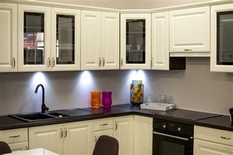 energy efficient kitchen lighting efficient kitchen lighting paulding putnam electric 7057
