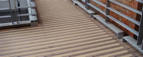 easy decking solutions an easy solution to slippery decking rawlins paints blog