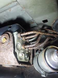Rusted Out  U0026 Leaking Brake Lines
