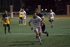 Forward's position move sparks scoring run for men's ...