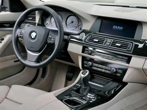 Mobil Gambar Mobilbmw 5 Series Touring by Bmw 5 Series Touring 2011 Pictures Insurance Informations