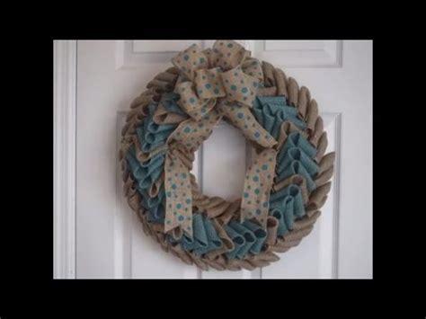 Basic Burlap Ruffle Wreath Tutorial by Trendy Tree